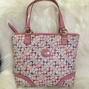 COACH  Pink Heritage HEARTS Signature Chelsea Tote